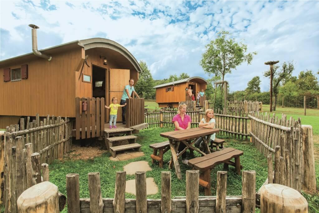 tripsdrill freizeitpark wildpark und natur resort. Black Bedroom Furniture Sets. Home Design Ideas